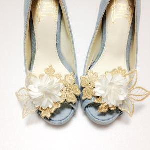 Gold lace leaves flower shoe clips,..