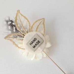 Vintage Gold leaf feather Cream Ivo..