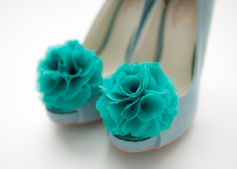Set of 2 pairs-Chiffon flower shoe clips for bridal wedding/Choose your color