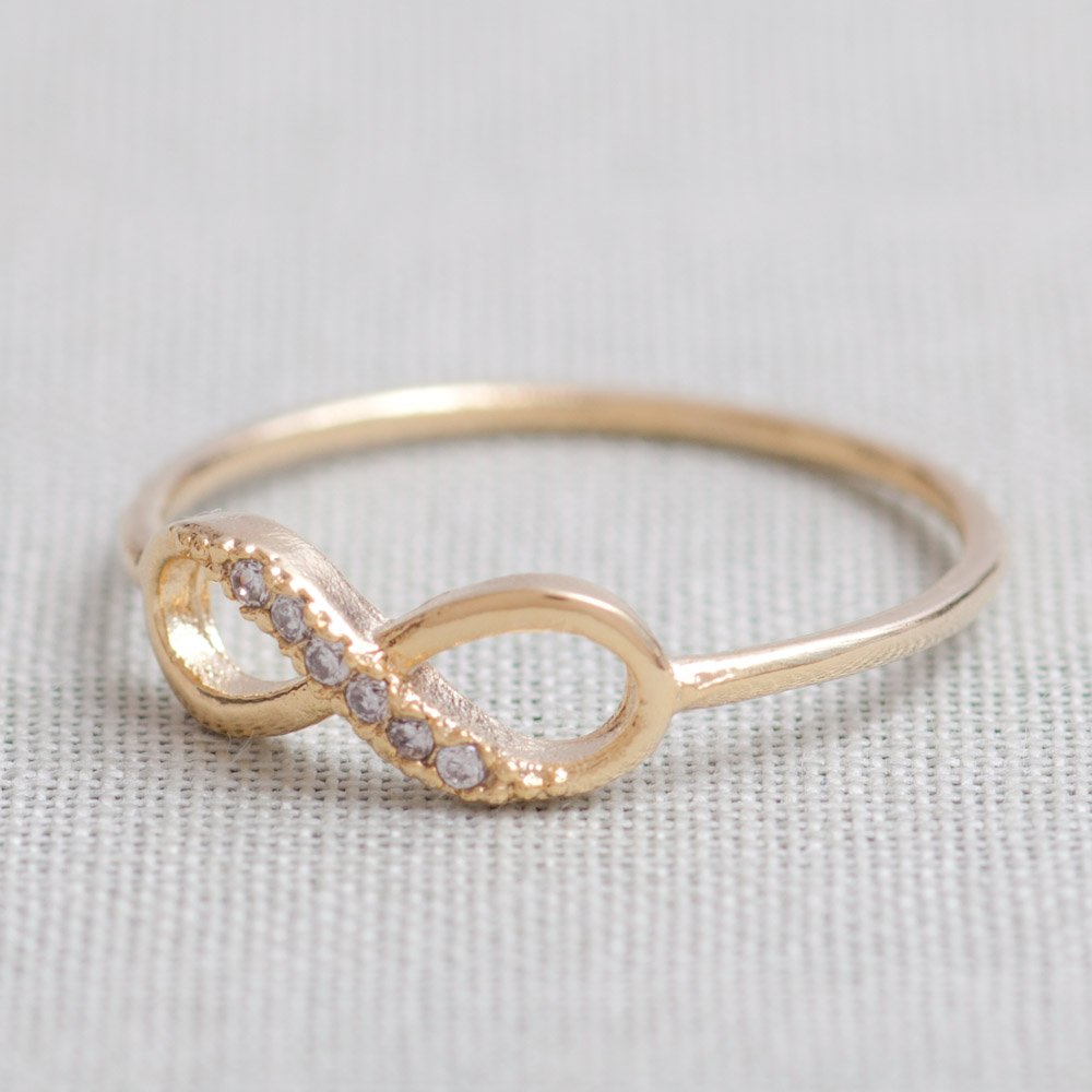 US 5 Size-Delicate Infinity Ring In Gold