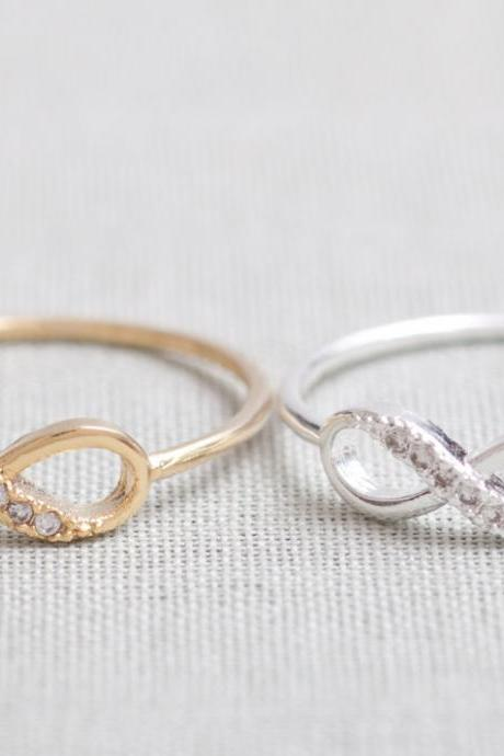 US 7 Size-Delicate Infinity Ring