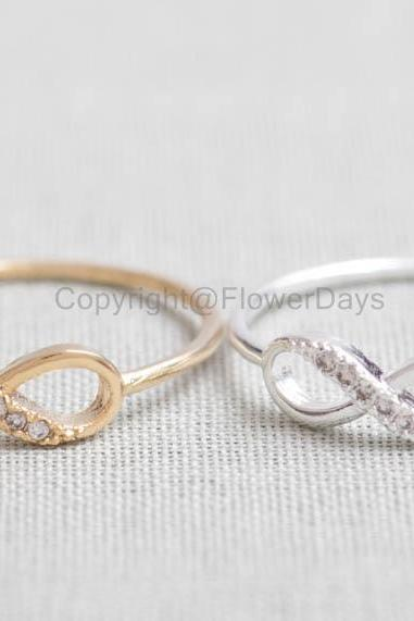 US 8 Size-Delicate Infinity Ring